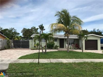 Pompano Beach Single Family Home For Sale: 4521 NE 1st Terrace