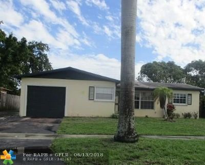 Lauderdale Lakes Single Family Home For Sale: 3501 NW 25th St