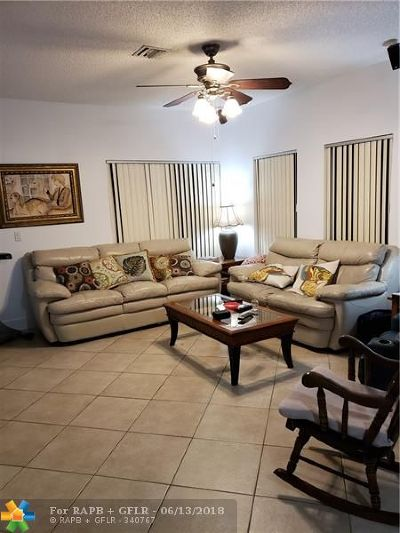 Deerfield Beach Condo/Townhouse For Sale: 4706 SW 13th St