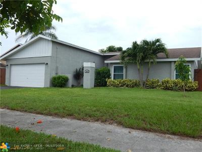 Deerfield Beach Single Family Home For Sale: 335 NW 41st Ave