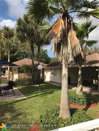 Pompano Beach FL Condo/Townhouse For Sale: $179,900