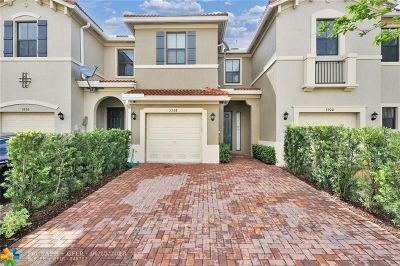 Pompano Beach Condo/Townhouse For Sale: 3308 NW 10th Ave #6