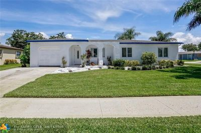 Boca Raton Single Family Home For Sale: 10655 Emperor St