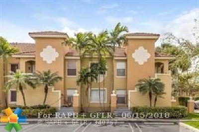 Pembroke Pines Condo/Townhouse For Sale: 7820 NW 7th St #206