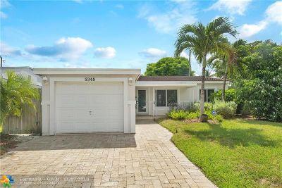 Broward County Single Family Home For Sale: 5348 NE 3 Terrace