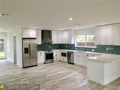 Oakland Park Single Family Home For Sale: 3783 NE 18th Ave