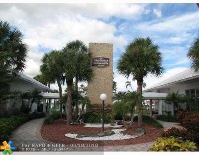 Pompano Beach Single Family Home For Sale: 2650 E Golf Blvd
