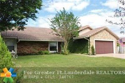 Boca Raton Single Family Home For Sale: 21051 Escondido Way