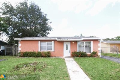 Broward County Single Family Home For Sale: 7703 Kimberly Blvd