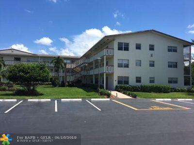 Boca Raton FL Condo/Townhouse For Sale: $114,900