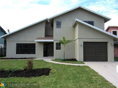 Broward County Single Family Home For Sale: 7731 NW 42nd Ct
