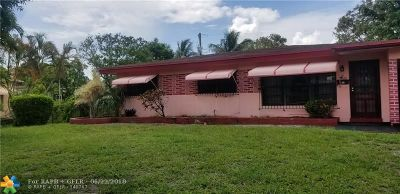 Fort Lauderdale Single Family Home For Sale: 679 W Melrose Cir