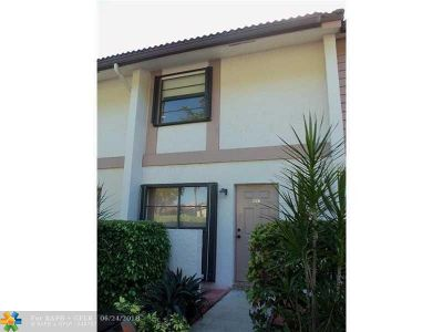 Coral Springs Condo/Townhouse For Sale: 9802 NW 14th Ct #4