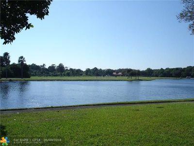 Coconut Creek Condo/Townhouse For Sale: 2767 Carambola Cir #101