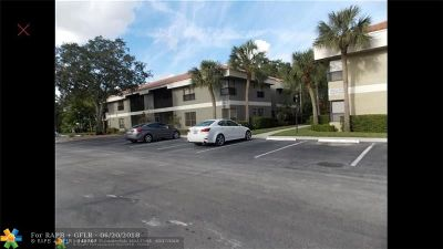 Coconut Creek Condo/Townhouse For Sale: 2512 NW 49th Ter #740