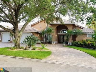 Coral Springs Single Family Home For Sale: 10324 NW 51st St