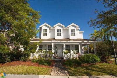 Davie Single Family Home For Sale: 4762 Lakeside Ter