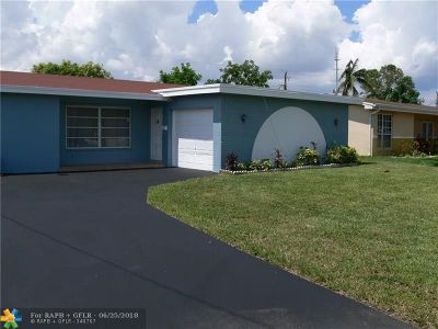 Miramar Single Family Home For Sale: 6757 Arbor Dr