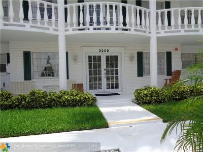 Fort Lauderdale Condo/Townhouse For Sale: 3209 NE 36th St #3