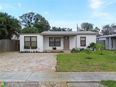 Oakland Park Single Family Home For Sale: 5224 NE 2nd Terrace