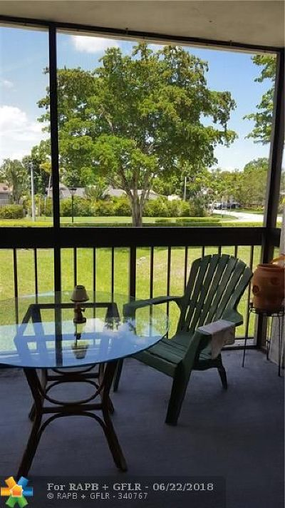 Coral Springs Condo/Townhouse For Sale: 8409 Forest Hills Dr #201