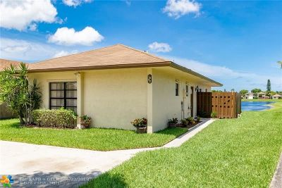 West Palm Beach Single Family Home For Sale: 1592 Ferngran Ave