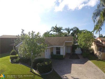 Davie Single Family Home For Sale: 13731 Oak Ridge Dr