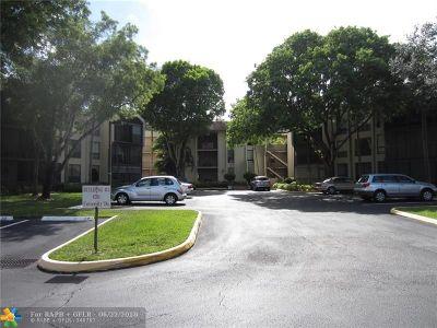 Tamarac Condo/Townhouse For Sale: 6351 N University Dr #212
