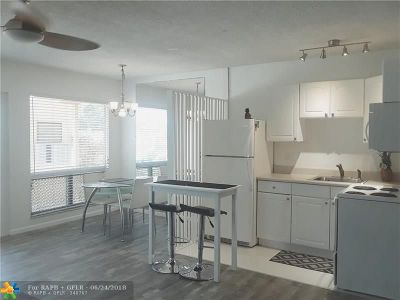Fort Lauderdale FL Condo/Townhouse For Sale: $92,500