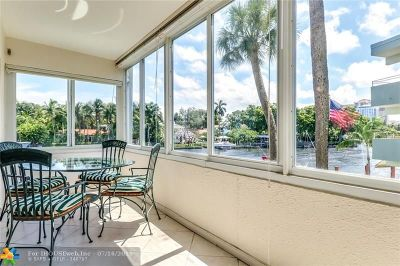 Fort Lauderdale Condo/Townhouse For Sale: 1000 SE 4th Street #207