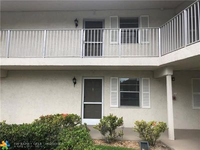 Coral Springs Condo/Townhouse For Sale: 3620 N University Dr #3620