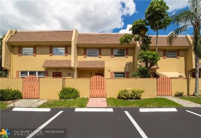 Davie Condo/Townhouse Backup Contract-Call LA: 7175 Nova Dr #406
