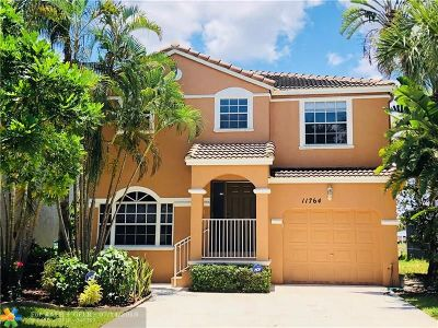 Coral Springs FL Single Family Home For Sale: $320,000