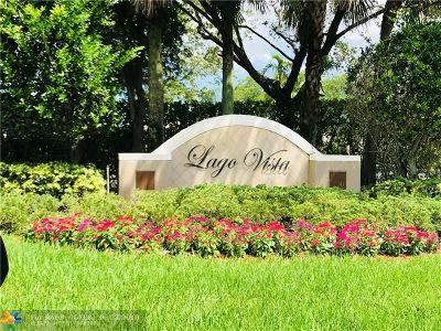 Coconut Creek Condo/Townhouse For Sale: 4776 Lago Vista Dr #4776
