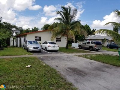 Lauderhill Multi Family Home For Sale: 5800 NW 15th St