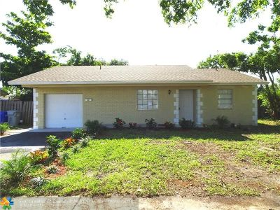 Pompano Beach Single Family Home For Sale: 2180 N Cypress Rd