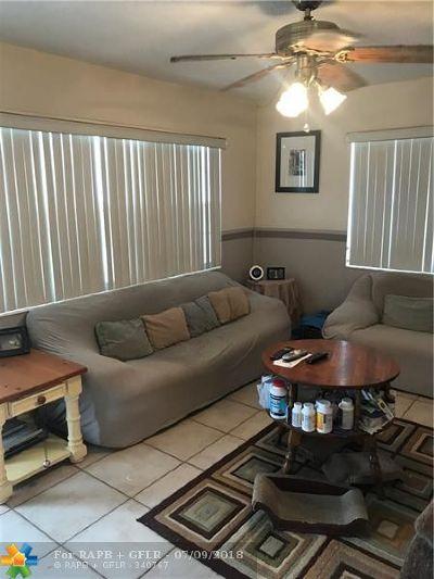 Deerfield Beach Condo/Townhouse For Sale: 297 N Tilford #297