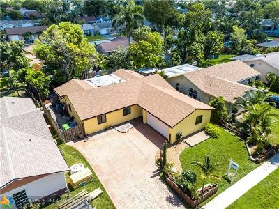 Sunrise Single Family Home For Sale: 10955 NW 27th St