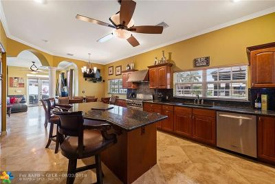 Pompano Beach Single Family Home For Sale: 711 SE 6th Ter