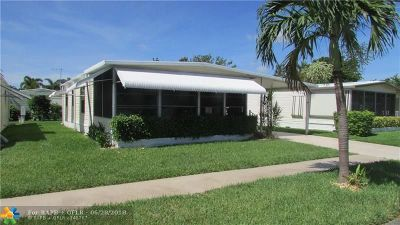 Deerfield Beach Single Family Home For Sale: 272 NW 53rd St