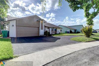 Lauderhill Single Family Home Backup Contract-Call LA: 4931 NW 86th Ave