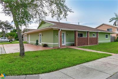 Deerfield Beach Single Family Home For Sale: 482 NE 8th Ave