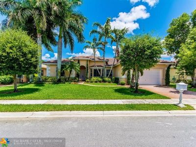 Pembroke Pines Single Family Home For Sale: 1089 SW 159th Ter