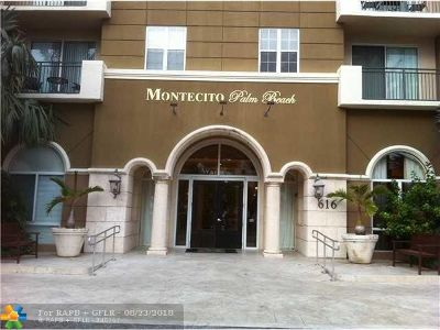 West Palm Beach Condo/Townhouse For Sale: 616 Clearwater Park Rd #302