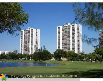 Aventura Condo/Townhouse For Sale: 3625 N Country Club Dr #2105