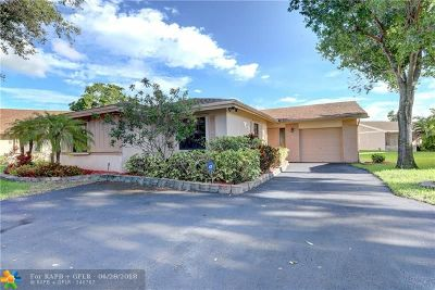 Davie Single Family Home Backup Contract-Call LA: 2165 Nova Village Dr
