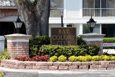 Condo/Townhouse For Sale: 6513 Bay Club Dr #2