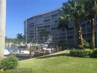Deerfield Beach Condo/Townhouse Backup Contract-Call LA: 1537 E Hillsboro Blvd #845