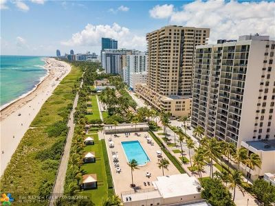 Miami Beach Condo/Townhouse For Sale: 2625 E Collins Ave #707