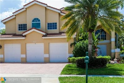 Pembroke Pines Single Family Home For Sale: 950 NW 199th Ter